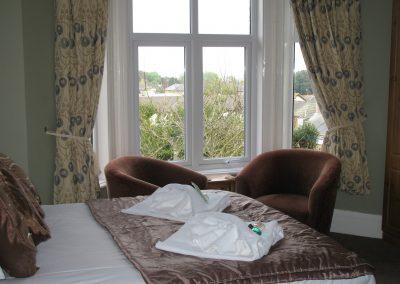 rsz_hotel_april_2012_room_12