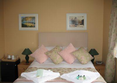 rsz_hotel_april_2012_room_17